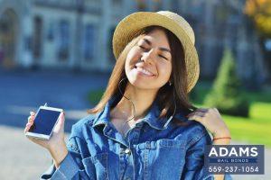 smartphones-in-californias-polling-places